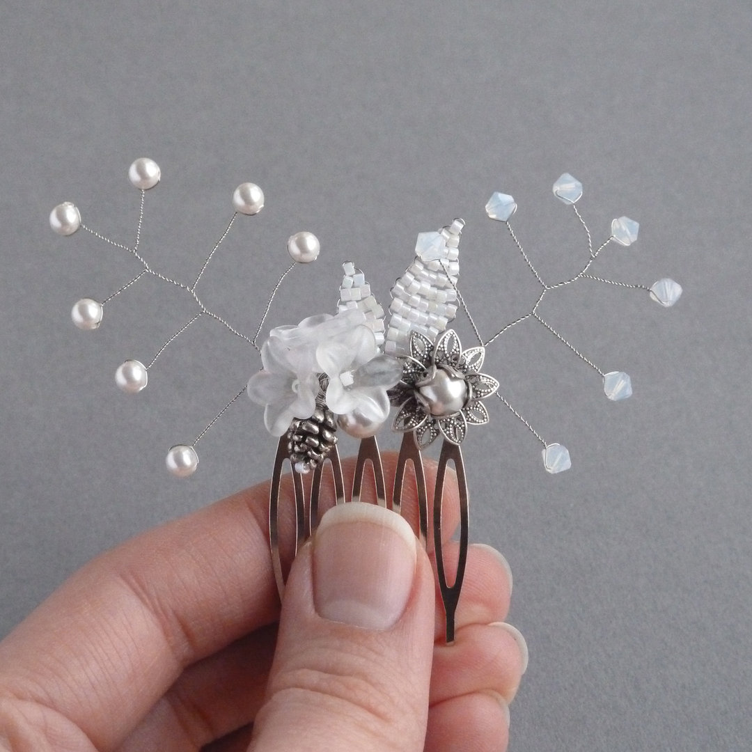 Winter White Flower Hair Comb