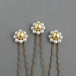 White Daisy Hair Pins