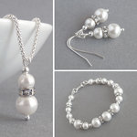 Ivory Pearl and Crystal Jewellery Set